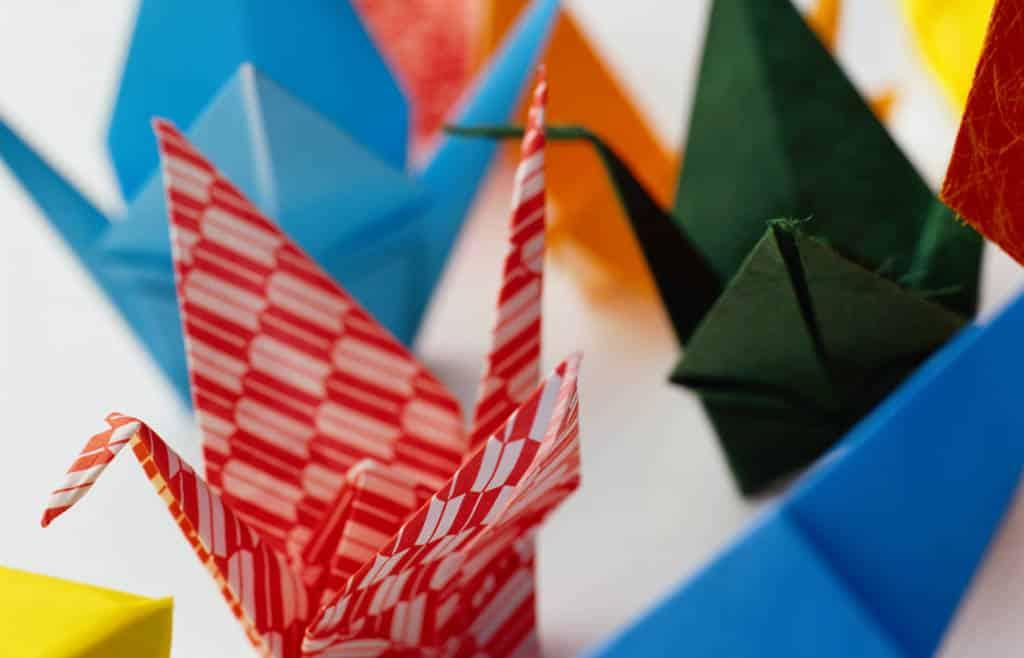 origami pour enfant un atelier de no l anim pour votre arbre de no l. Black Bedroom Furniture Sets. Home Design Ideas